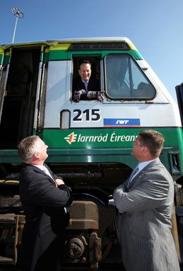 'Minister for Transport, Leo Varadkar, at the opening of the new rail spur at Dublin Port along with Derek D'Arcy and Colin Dunne of IWT